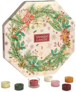 Yankee Candle Adventskalender 2020 im kranzförmigen Design