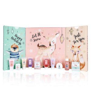accentra Adventskalender Happy Holidays 2021 für Mädchen mit 24 Bade-, Körperpflege und Accessoires Produkten